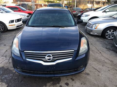 2009 Nissan Altima for sale at Six Brothers Auto Sales in Youngstown OH