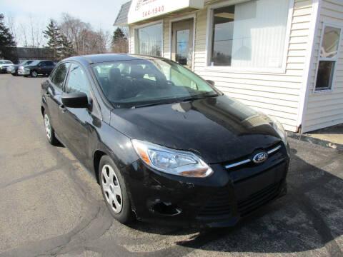 2014 Ford Focus for sale at U C AUTO in Urbana IL