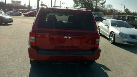 2010 Jeep Patriot for sale at Kelly & Kelly Supermarket of Cars in Fayetteville NC