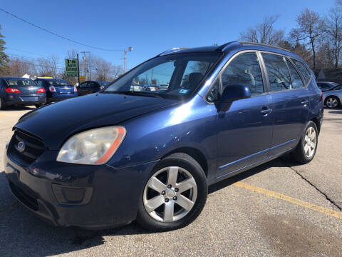 2007 Kia Rondo for sale at J's Auto Exchange in Derry NH