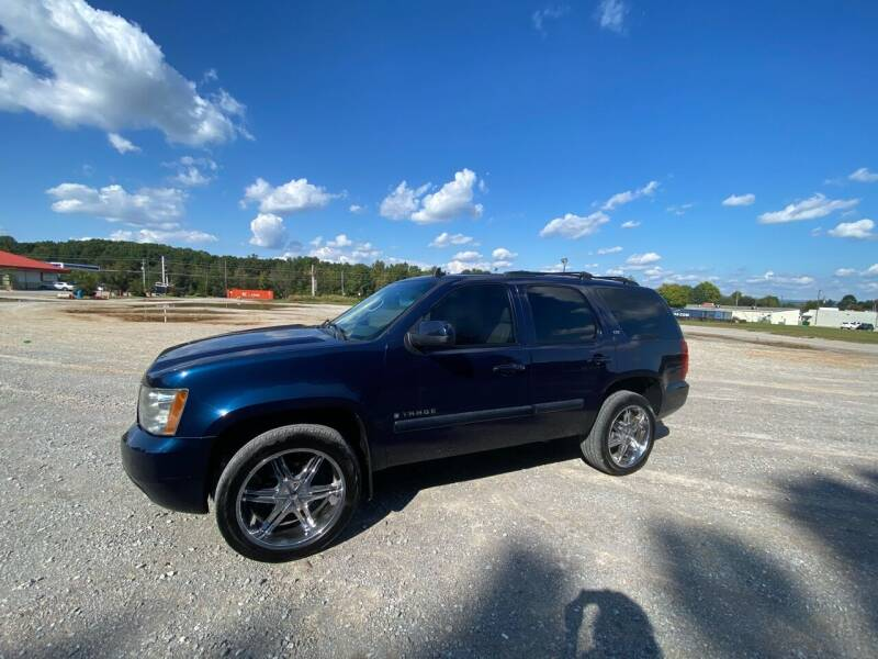 2007 Chevrolet Tahoe for sale at Tennessee Valley Wholesale Autos LLC in Huntsville AL