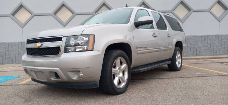 2009 Chevrolet Suburban for sale at Double Take Auto Sales LLC in Dayton OH