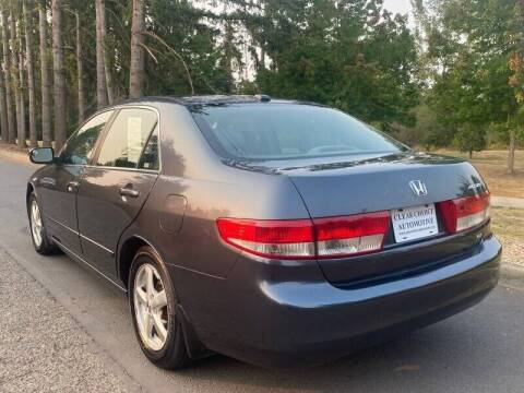 2004 Honda Accord for sale at CLEAR CHOICE AUTOMOTIVE in Milwaukie OR