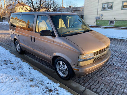 2003 Chevrolet Astro for sale at RIVER AUTO SALES CORP in Maywood IL