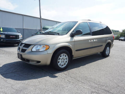 2003 Dodge Grand Caravan for sale at CHAPARRAL USED CARS in Piney Flats TN