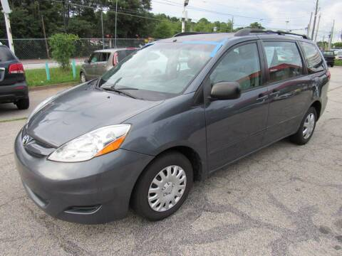 2009 Toyota Sienna for sale at King of Auto in Stone Mountain GA