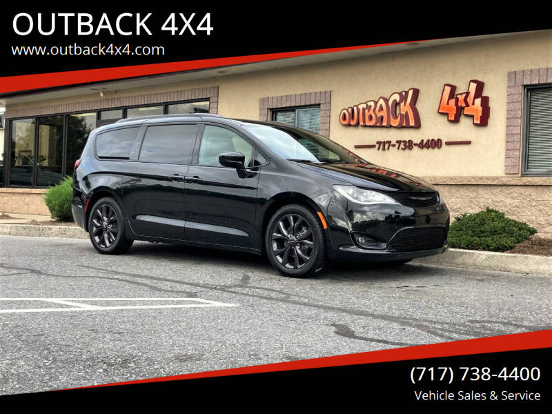 2018 Chrysler Pacifica for sale at OUTBACK 4X4 in Ephrata PA