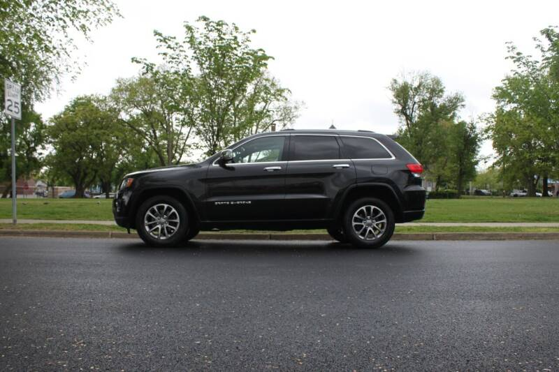 2015 Jeep Grand Cherokee for sale at Lexington Auto Club in Clifton NJ