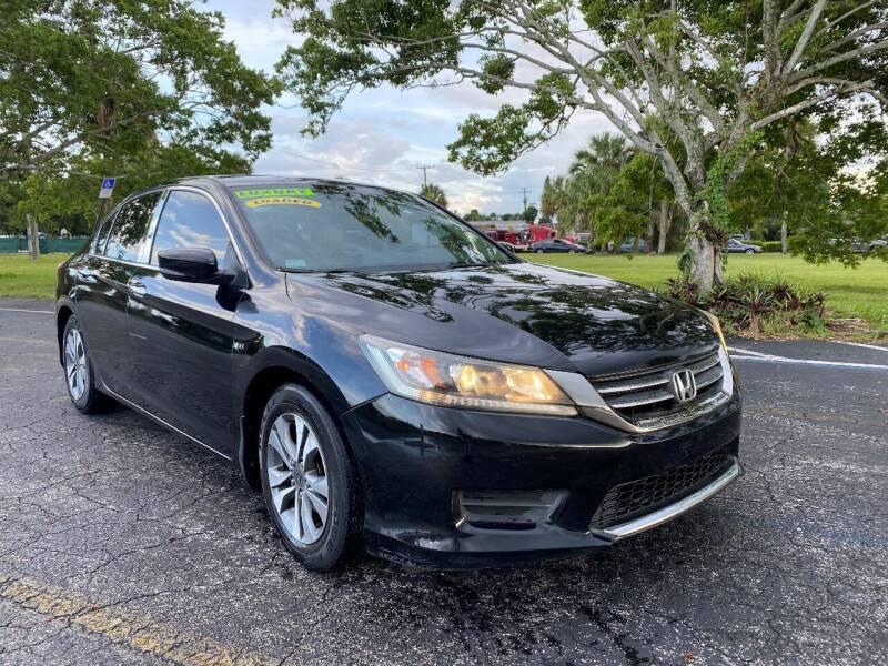 2013 Honda Accord for sale at Lamberti Auto Collection in Plantation FL