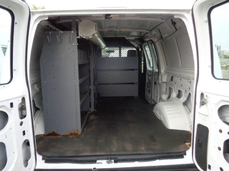 2012 Ford E-Series Cargo E-150 3dr Cargo Van - Savage MN