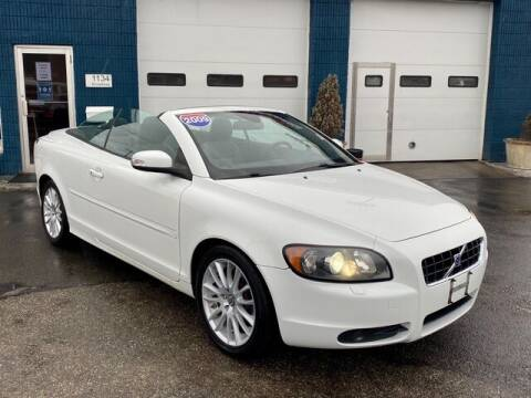 2009 Volvo C70 for sale at Saugus Auto Mall in Saugus MA