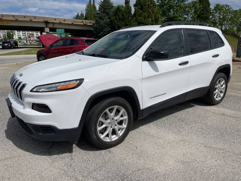 2017 Jeep Cherokee for sale at Modern Automotive in Boiling Springs SC