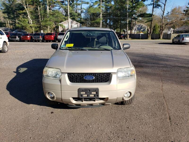 2007 Ford Escape for sale at 1st Priority Autos in Middleborough MA