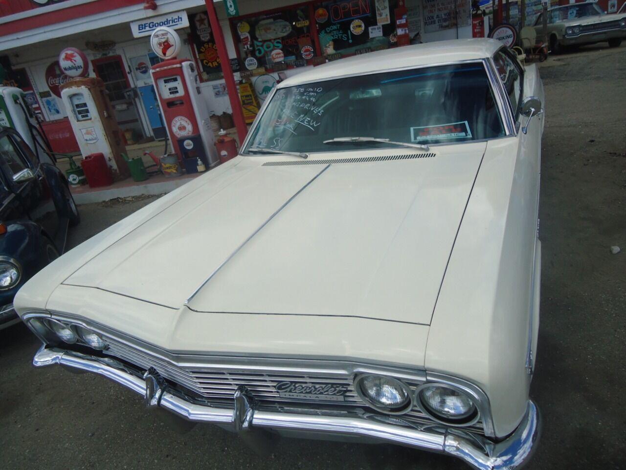 1966 Chevrolet Impala 14