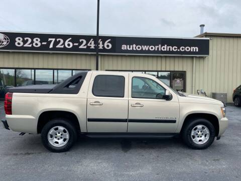 2007 Chevrolet Avalanche for sale at AutoWorld of Lenoir in Lenoir NC