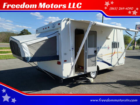 2004 Jayco Jay Feather for sale at Freedom Motors LLC in Knoxville TN