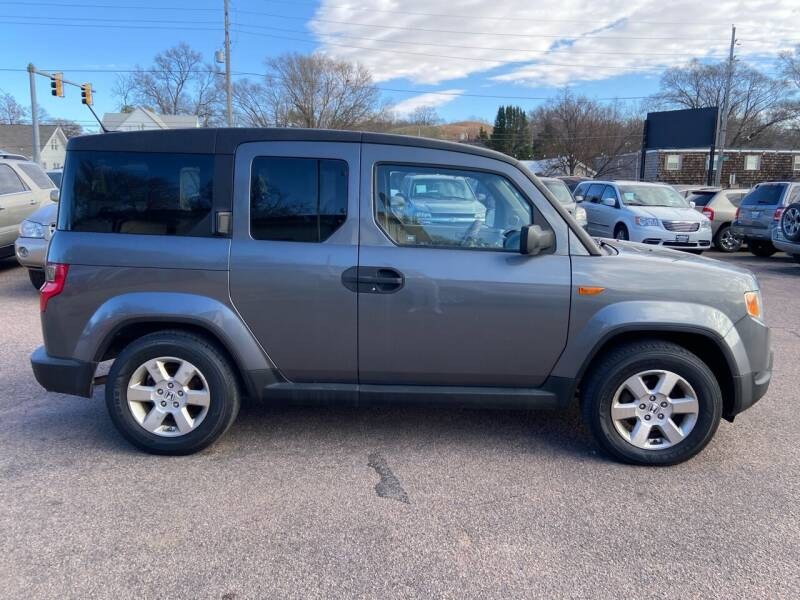 2010 Honda Element for sale at RIVERSIDE AUTO SALES in Sioux City IA