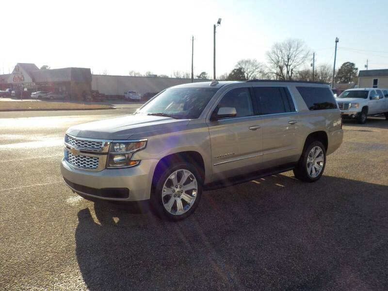 2015 Chevrolet Suburban for sale at Young's Motor Company Inc. in Benson NC