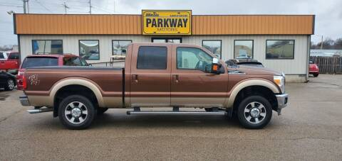 2011 Ford F-250 Super Duty for sale at Parkway Motors in Springfield IL