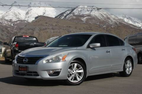 2014 Nissan Altima for sale at REVOLUTIONARY AUTO in Lindon UT