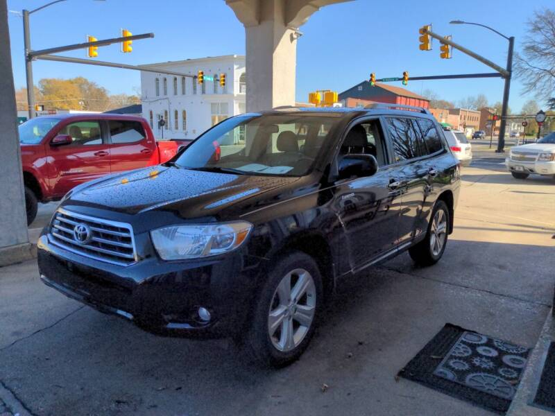 2008 Toyota Highlander for sale at ROBINSON AUTO BROKERS in Dallas NC