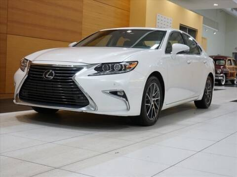 2016 Lexus ES 350 for sale at Mercedes-Benz of North Olmsted in North Olmstead OH