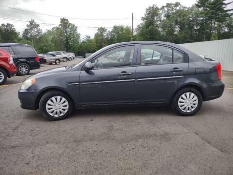 2009 Hyundai Accent for sale at Hilltop Auto in Clare MI