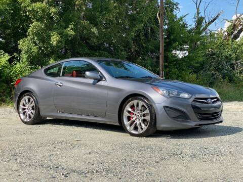 2013 Hyundai Genesis Coupe for sale at Charlie's Used Cars in Thomasville NC