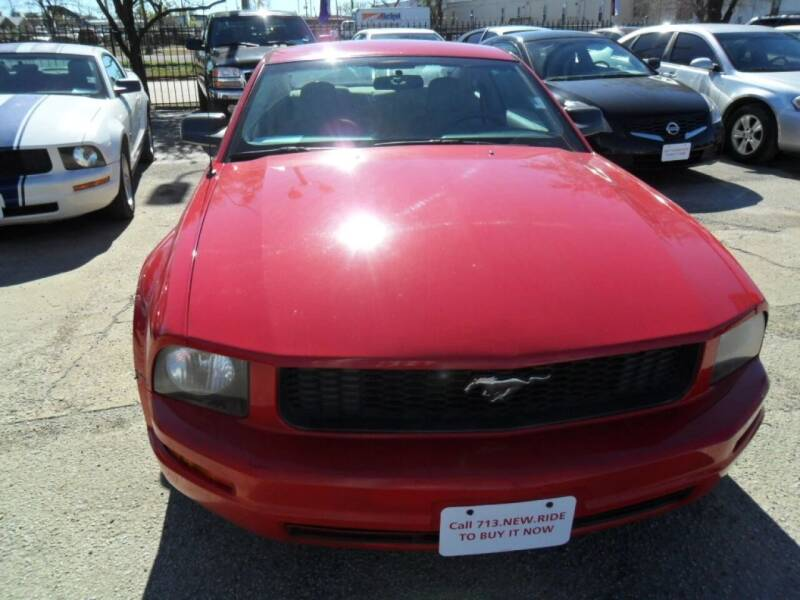 2007 Ford Mustang V6 Deluxe 2dr Coupe - Houston TX