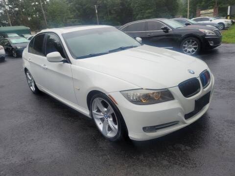 2011 BMW 3 Series for sale at GEORGIA AUTO DEALER, LLC in Buford GA