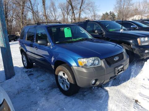 2007 Ford Escape for sale at Northwoods Auto & Truck Sales in Machesney Park IL
