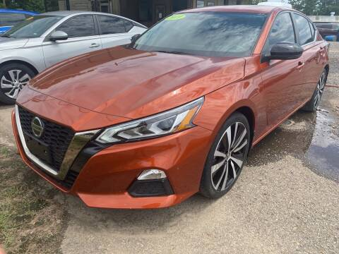 2019 Nissan Altima for sale at BEST AUTO SALES in Russellville AR