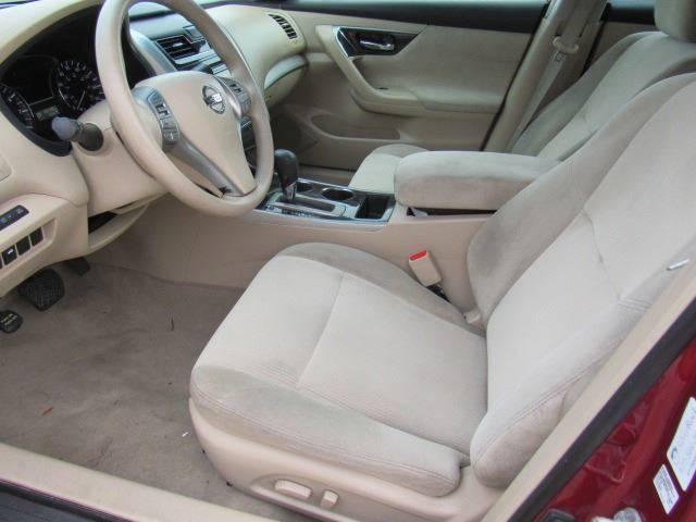 2013 Nissan Altima 2.5 SV 4dr Sedan - Lakeland FL