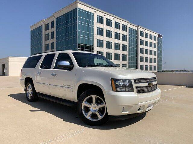 2014 Chevrolet Suburban for sale at SIGNATURE Sales & Consignment in Austin TX