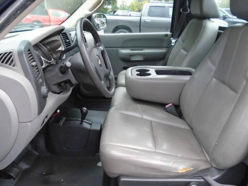 2009 Chevrolet Silverado 2500HD 4x4 Work Truck 2dr Regular Cab LB - Westminster MD