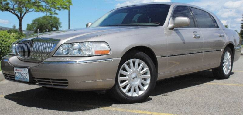 2003 Lincoln Town Car for sale at J.K. Thomas Motor Cars in Spokane Valley WA