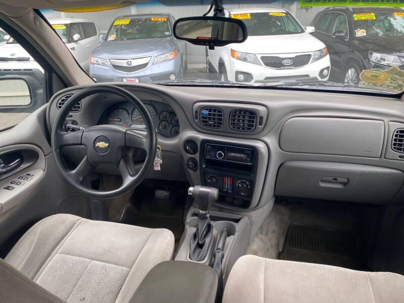 2007 Chevrolet TrailBlazer LS 4dr SUV 4WD - Elizabeth NJ