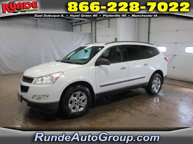 2009 Chevrolet Traverse for sale at Runde Chevrolet in East Dubuque IL