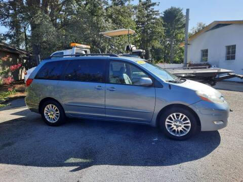 2008 Toyota Sienna for sale at PIRATE AUTO SALES in Greenville NC