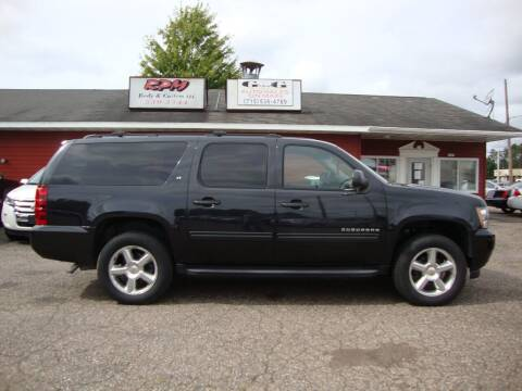 2011 Chevrolet Suburban for sale at G and G AUTO SALES in Merrill WI