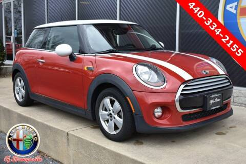 2015 MINI Hardtop 2 Door for sale at Alfa Romeo & Fiat of Strongsville in Strongsville OH