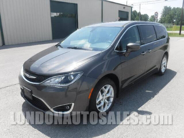 2018 Chrysler Pacifica for sale at London Auto Sales LLC in London KY