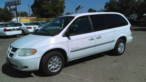 2001 Dodge Grand Caravan for sale at Larry's Auto Sales Inc. in Fresno CA