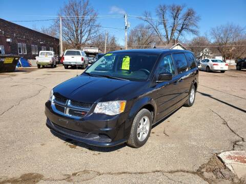 2013 Dodge Grand Caravan for sale at Vossen Auto LLC in Blue Earth MN