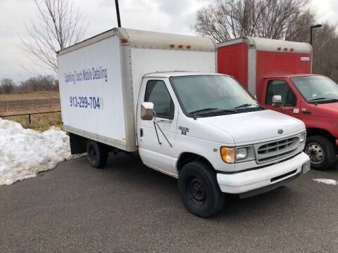 2002 Ford E-Series Chassis for sale at ALL AMERICAN AUTO MART in Edwardsville KS