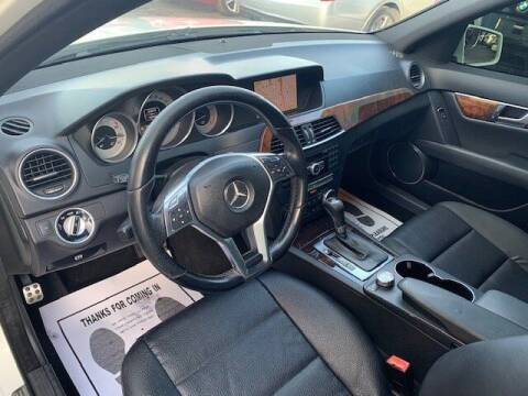 2010 Mercedes-Benz 260-Class
