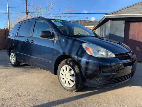 2005 Toyota Sienna for sale at Berge Auto in Orem UT