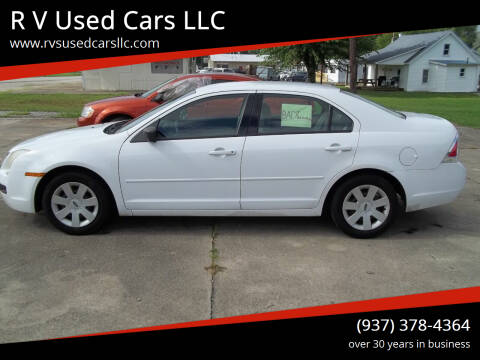 2007 Ford Fusion for sale at R V Used Cars LLC in Georgetown OH