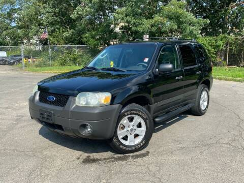 2005 Ford Escape for sale at JMAC IMPORT AND EXPORT STORAGE WAREHOUSE in Bloomfield NJ