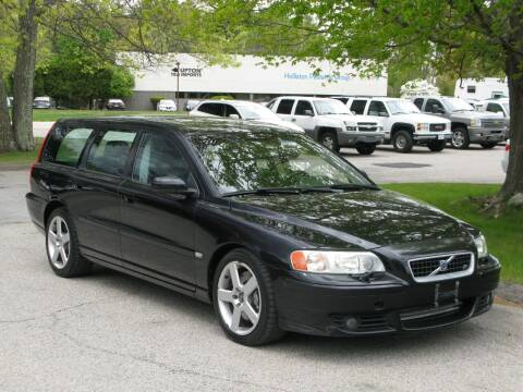 2006 Volvo V70 R for sale at The Car Vault in Holliston MA